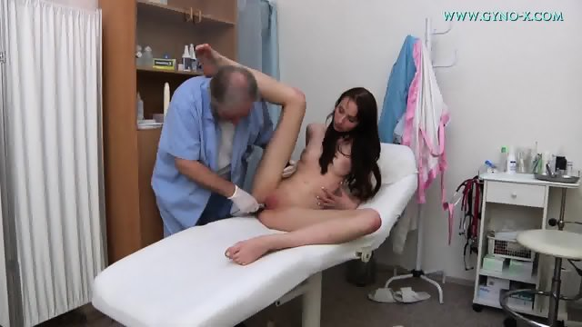 Brunette Gets Pussy Exam