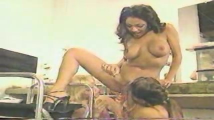 Dildo is favourite Toy for Lesbians - scene 2