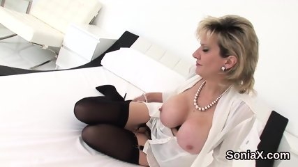 Adulterous british milf lady sonia flaunts her large naturals