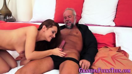 Teen rimmed by geezer