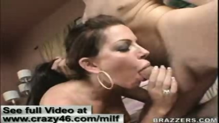 MILF gets a hard cock off the internet chatrooms - scene 12