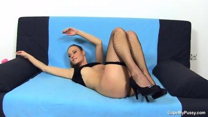 Juicy Pussy Of Kinky Girl - scene 4