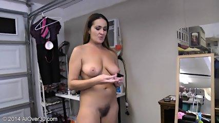 Naked Mommy Shows Her Body - scene 6