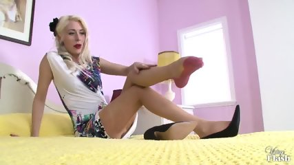 Blonde With Stockings In Solo Action