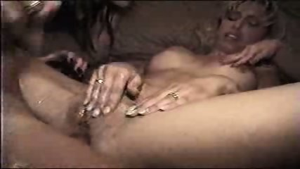 Amateur girlfriends fucked in their slippery Asses