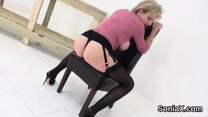 Adulterous british mature lady sonia flaunts her massive tits