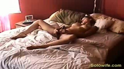 Hidden camera pussy rub - scene 10