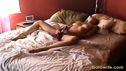 Hidden camera pussy rub - scene 12
