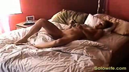 Hidden camera pussy rub - scene 2