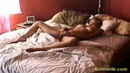 Hidden camera pussy rub - scene 6