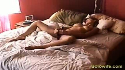 Hidden camera pussy rub - scene 7