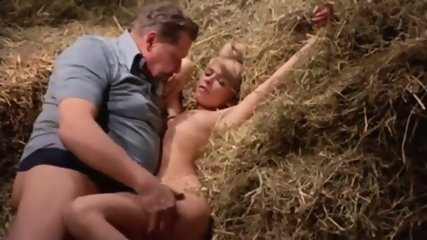 Euro Dutch Babe Outdoor Orgasm