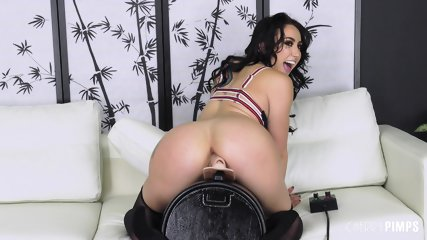 Big Ass Girl With Sexy Lingerie - scene 11