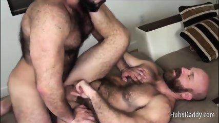 Strong Body Chest Hair Bear Daddy Fucks Sex