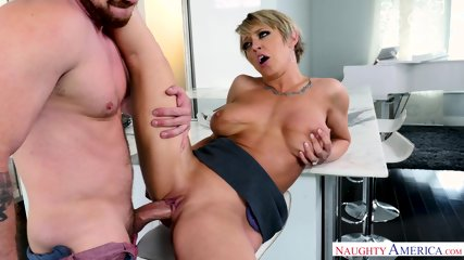 Hot Mom Knows How To Ride A Cock - scene 9