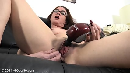 Mature Lady With Glasses And Pussy Stimulator