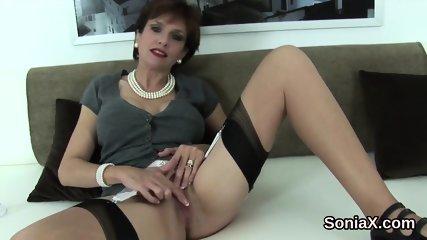 Unfaithful english milf lady sonia reveals her huge boobies