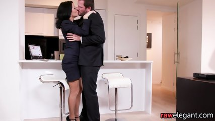 Squirting Euro MILF Assfucked From Behind - scene 2