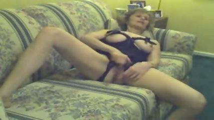Slutty granny cunt playing and cock fucking - scene 4