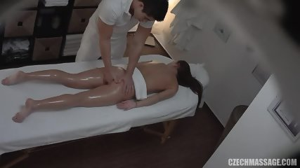 Amateur Lady Rides Masseur's Dick - scene 4