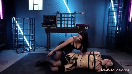 Sweet Babe Got Tied and Treated With Sex Toys