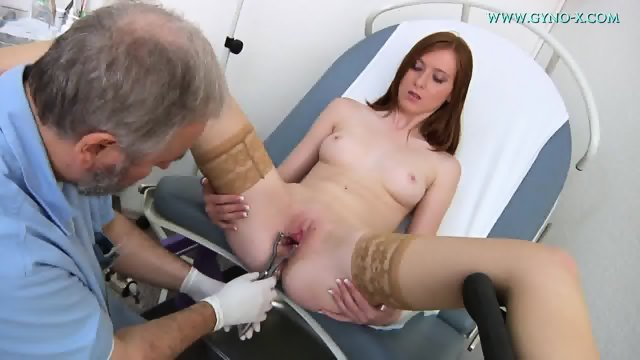 Babe With Stockings Gets Gyno Exam