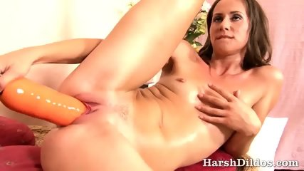 She Loves To Cum With Big Dildos