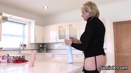 Unfaithful english mature lady sonia reveals her huge boobs