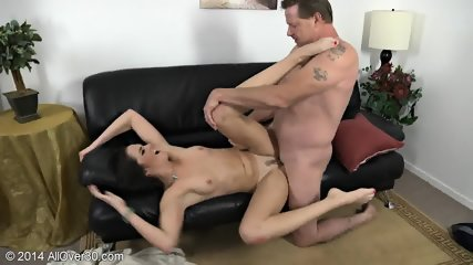 Nice Mommy Bianca Gets Banged On Leather Sofa