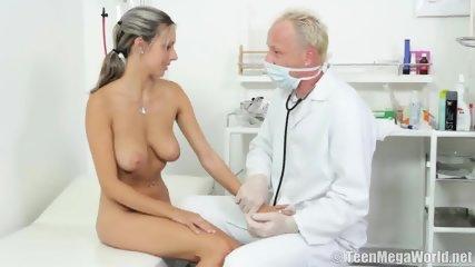 Romance With Kinky Doctor - scene 6