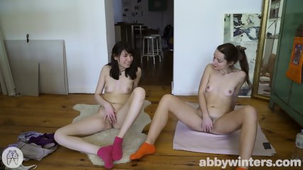 Two Shy Girls Are Fingering Pussies