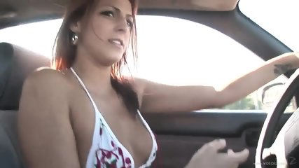 Nice Girl Shows Her Body - scene 4