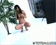 Jade Hsu posturing - scene 7
