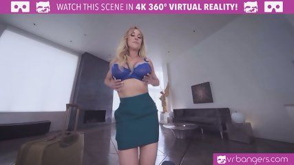 VRBangers.com - Busty Milf Brandi Love Cheats On Her Husband For The First Time