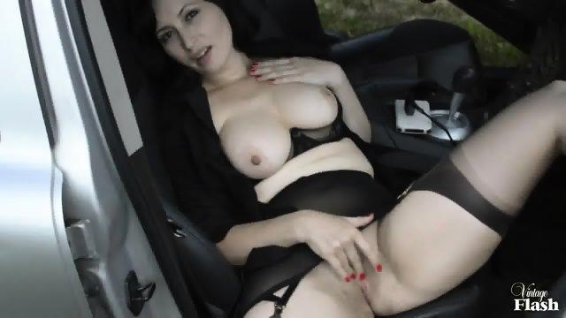 Kinky Amateur Masturbates In Public