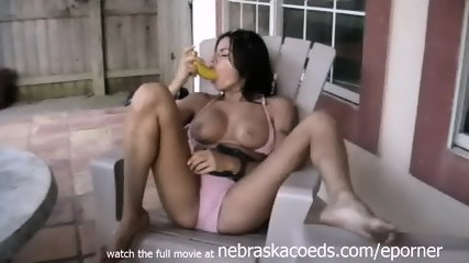 Masturbating With A Banana Super Muscle Woman