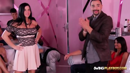 Group swappers go to strip club for fun