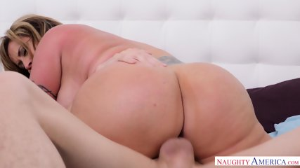Hot Mommie Is Really Horny - scene 12