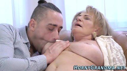 Buxom old lady cum dumped