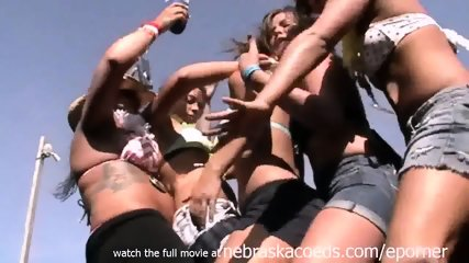 Hottest Girl From My Highschool In Lincoln Nebraska Getting Naked At Spring Break - scene 6