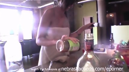 My Girlfriend Being Sexy And Naked On Normal Day In Our Cedar Rapids Apartment - scene 10