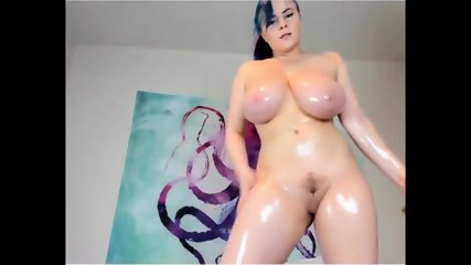 Hot Busty Camwhore Oil Massage