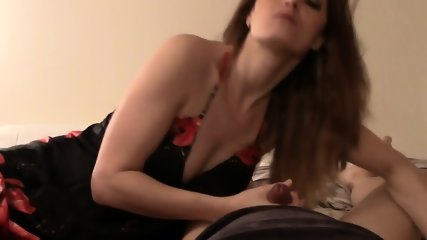 Sex With Amateur Housewife - scene 7