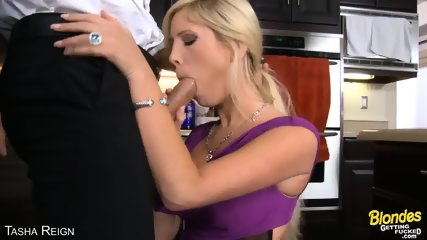 Sexy Blonde Tasha Reign Take A Big Cock - scene 2