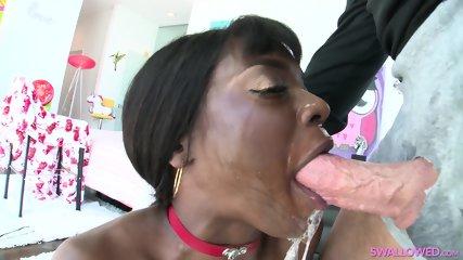 Ebony blowjob porn