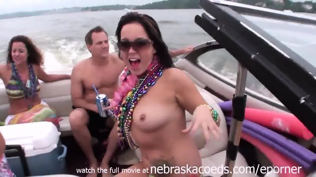 Home Video Hot Girls Partying On A Lake In Missouri