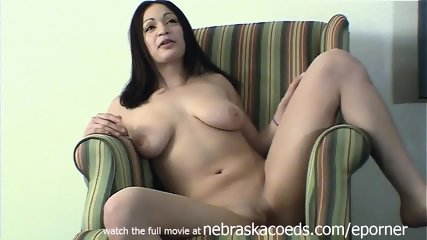 Hot Mexican Girl With Huge Tits Doing First Time Porn Interview In Cedar Rapids Iowa Hotel Room - scene 10