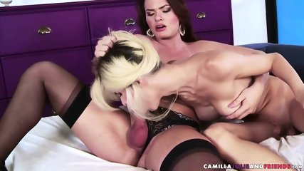 Shemale sucks tgirls cock - scene 4