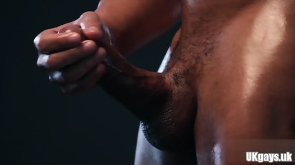 Muscle gay rimjob with cumshot - scene 7