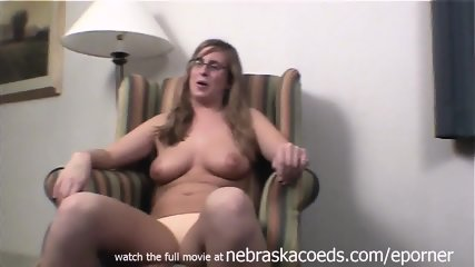 Community College Coed First Time Nude Cedar Rapids Iowa - scene 6